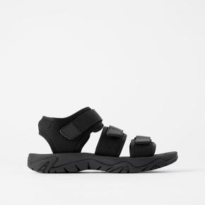 Brugt meget lidt Rigtig fede sandaler fra Zara