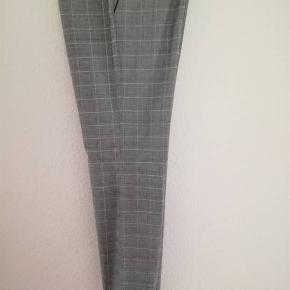 Isabell Kristensen bukser