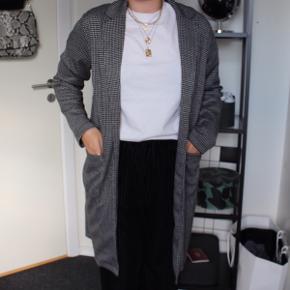 Ternet cardigan / jakke