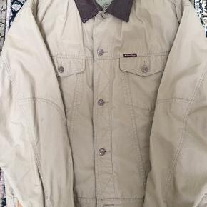 Marlboro classic jakke. Sandfarvet, str. XL