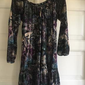 "b7021336199 Sød kjole/ tunika fra ""Wanting"" str. XL Kan sendes eller afhentes i"