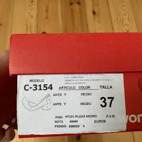 Helt nye skønne sko.