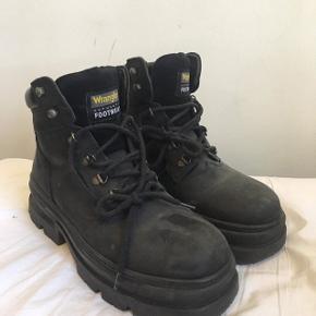 Wrangler hiking boots