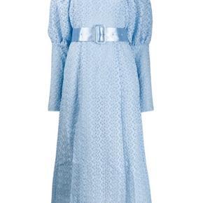 Smuk kjole med pufærmer fra Rotate Ny pris 2700kr Mp 1300