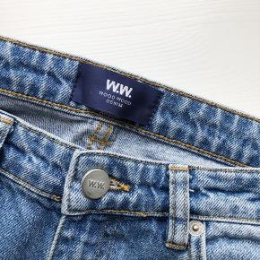 FEDESTE WOOD WOOD JEANS 🎨🍒⭐️💓💛💓🌸💘🍭🦄🧁  Stort set ikke brugt. Fed jeans farve! Passer s/m. Skriv for spørgsmål eller andet<3