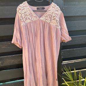 Mille K kjole