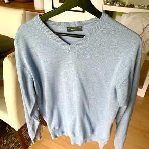Belika sweater