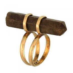 Smuk ring med labradorit krystal.