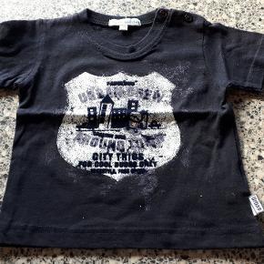 T-shirt fra Little Boy Star Køber betaler forsendelse