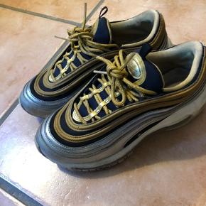 Nike Air max limited edition.. Mp 300pp