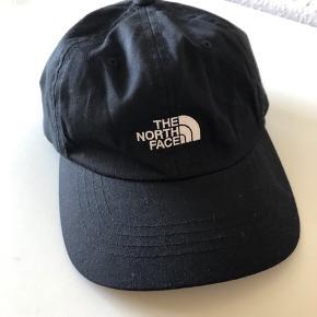 The north face cap. Prøvet på, men aldrig brugt. Unisex.  Mp 90 kr.