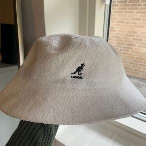 Kangol hat & hue