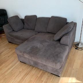 Jeg sælger min skønne sofa, da jeg er flyttet og har købt en ny!  Den er stort set ikke brugt, og er i rigtig god stand. Den er omkring 4-5 år gammel.  Købspris: 15.000  Skriv endelig for flere spørgsmål.