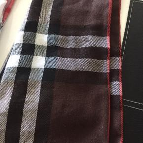 Tørklæder Mål ca 160 • 60 cm 20kr pr stk