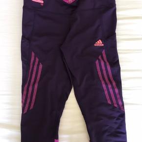 Adidas Super Nova knælange tights med lomme i siden
