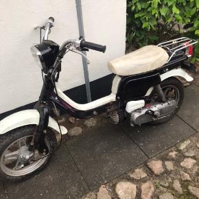 Købes gamle knallerter F.eks Honda, Puch, Yamaha, Suzuki, Kreidler og lign. Ikke nyere scootere