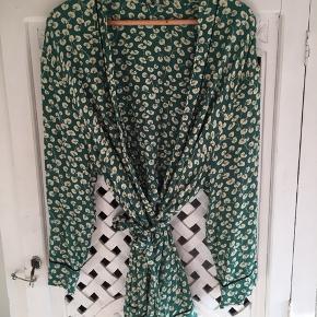Kimono, brugt én gang