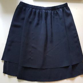 Fin mørkeblå nederdel fra Samsøe Samsøe