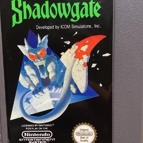 Shadowgate Nintendo spil til NES 8BIT Spillet er fra 1989 og passer til alle europæiske modeller, Pal B.  Sprog: Svensk