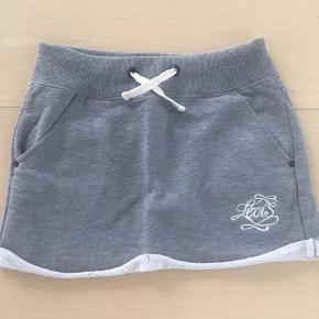Lækker Jersey nederdel fra Levi's