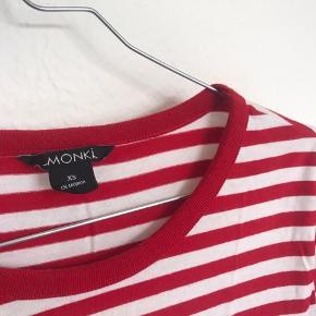 Bluse fra Monki 💛