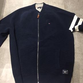 TH kraftig cardigan/trøje/jakke