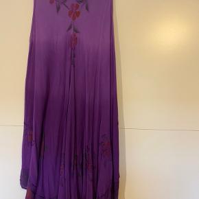Vanting anden kjole & nederdel