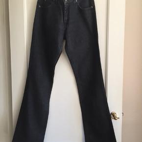 Lee jeans W32 Model: Marion Kan prøves. Afhentes Kbh Sv eller sender med DAO
