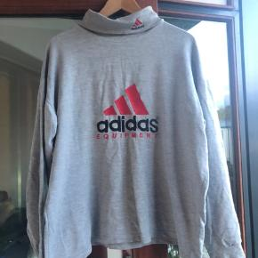 Vintage Adidas Rollneck  Er du interesseret i flere ting på min profil, så skriv til mig og så giver jeg mængderabat!