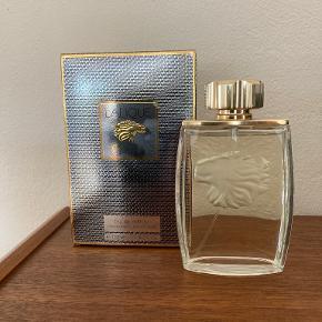 Lalique parfume