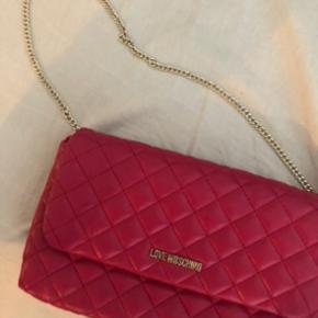 212e74d2 Love Moschino taske sælges - nypris var omkring 900-1000 kr på tilbud på  zalandos