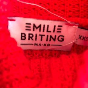 Emilie Briting x na-kd sweater   -Tjek også gerne mine andre annoncer ud:)