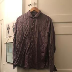 Thomas Burberry by burberry skjorte str L   Køber betaler fragt  hvis man ikke selv henter