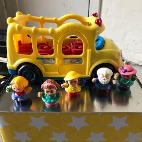 Fisher Prise skolebus med tilbehør