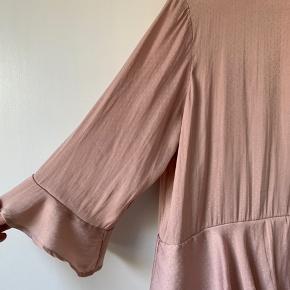 Rigtig fin kjole, super blød. Str. 38
