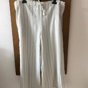Smukke vintage bukser i stil med Marni bukserne fra denne sæson