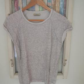 Fin t-shirt i sweatshirt kvalitet fra by Malene Birger