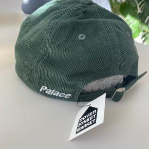 Palace cap fra AW2020 drop. Cond 10/10 dswt Mp 300 Bin 375 Sendes indenfor 48timer :)