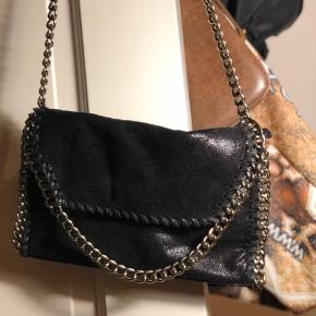 Rigtig flot taske fra Veraldo. Aldrig brugt! Skriv endelig for flere billeder!☺️BYD gerne!