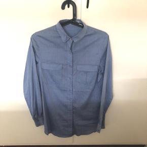 Skjorte fra Custommade. Aldrig brugt, har kun været i skabet.