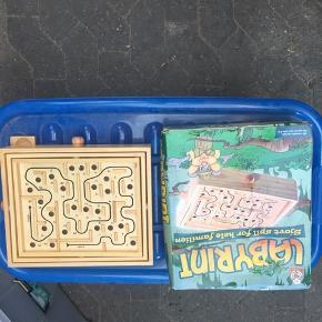 Fin spil, aldrig brugt. Kassen lidt skæv men spillet som nyt.