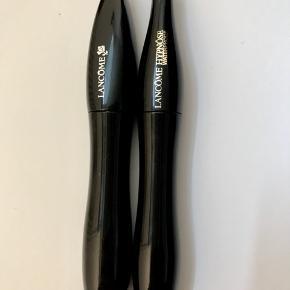 2 styks nye mascaraer, kun åbnet, Vandfast. 130 Per stk inkl forsendelse :)  Np: 250kr