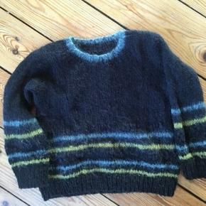Uld sweater 110-116 - fast pris -køb 4 annoncer og den billigste er gratis - kan afhentes på Mimersgade 111 - sender gerne hvis du betaler Porto - mødes ikke andre steder - bytter ikke