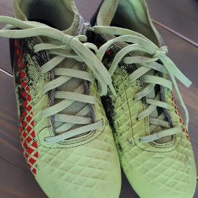 Fodboldstøvler. Brugt et halv år.  PUMA. Model future