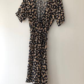Moss Copenhagen kjole