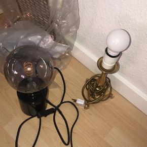 En ny lampe fra IKEA (den med sort fod)  Retro lampe i guld Og guld ophæng fra IKEA uåbnet