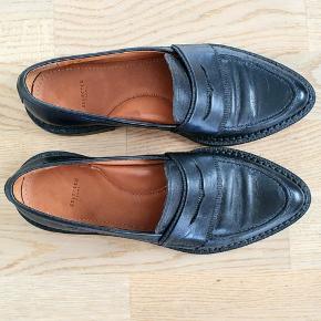 Flotte loafers, kun brugt et par gange  Se også mine andre annoncer!