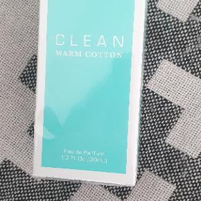 Helt ny CLEAN - Warm Cotton Parfume 30 Ml. I ubrudt emballage.  Sælges for 200,-