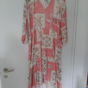 CAMOMILLA Italia kjole