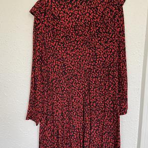 Zara kjole